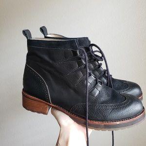 Matt Bernson Black Leather Ankle Boots Brogue